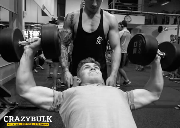 Training chest using Crazybulk D Bal