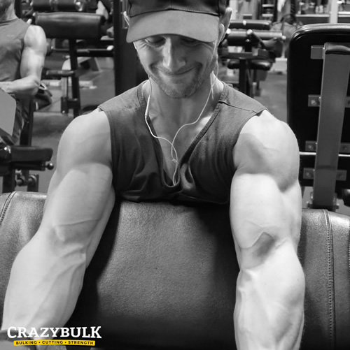 Ian Watson a happy user of CrazyBulk products