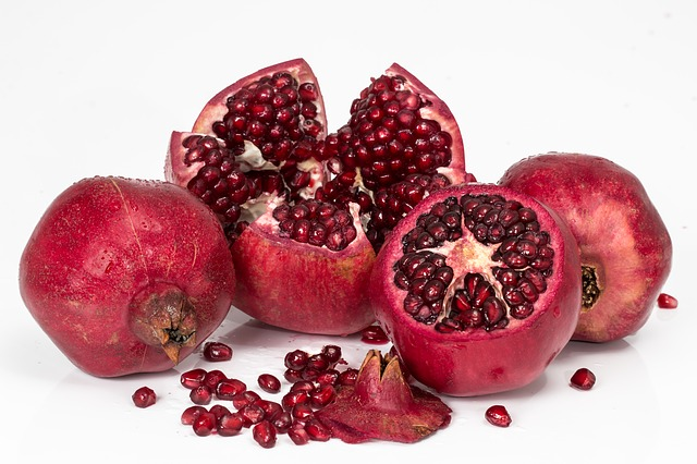 It is almost like you can feel how powerful Pomegranate is, just by looking at this picture